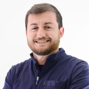 Dr. Luca Guaschino